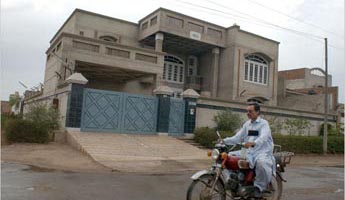 The house in Faisalabad, Pakistan, where Abu Zubaida is arrested.
